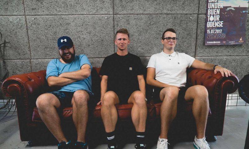 Her ses Mark Paul (tv.), Jesper Nedergaard og Magnus Hasberg, som står bag Hippo Productions.