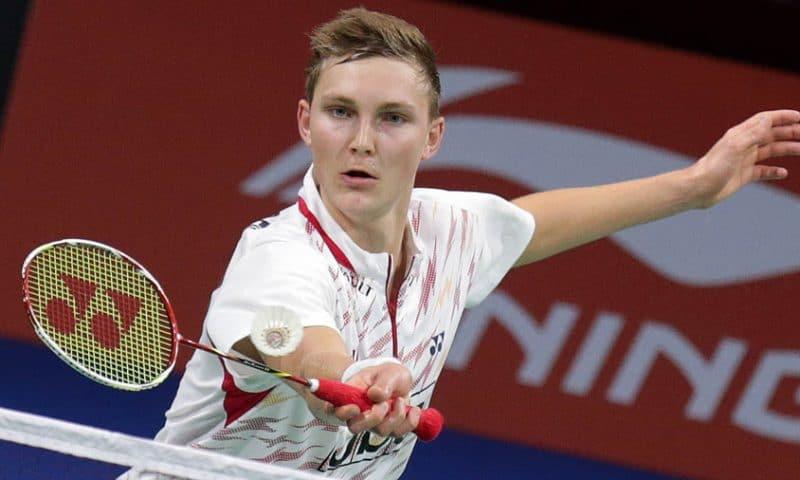 Badmintonverdensmesteren Viktor Axelsen er blandt de 15, der slås om at blive Årets Sportsnavn 2017.