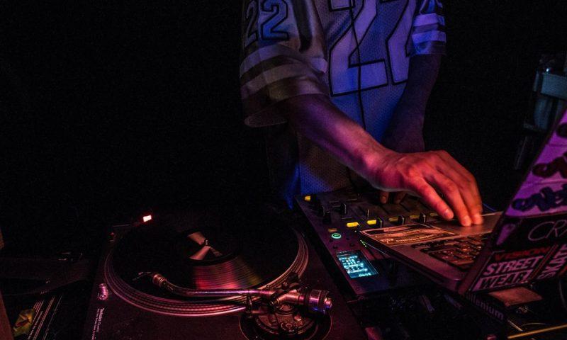 Der bliver både plads til jazz, blues og DJs hos PåTaget (Foto: PåTaget)
