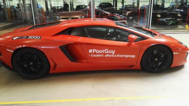 Her ses Mads Peter Veibys Lamborghini, som sidste år var med i Cool Car Race