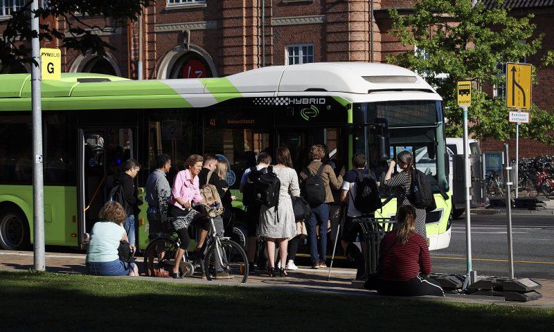 Odense: Fynbus holdeplads syd ved OBC. Foto: Robert Wengler