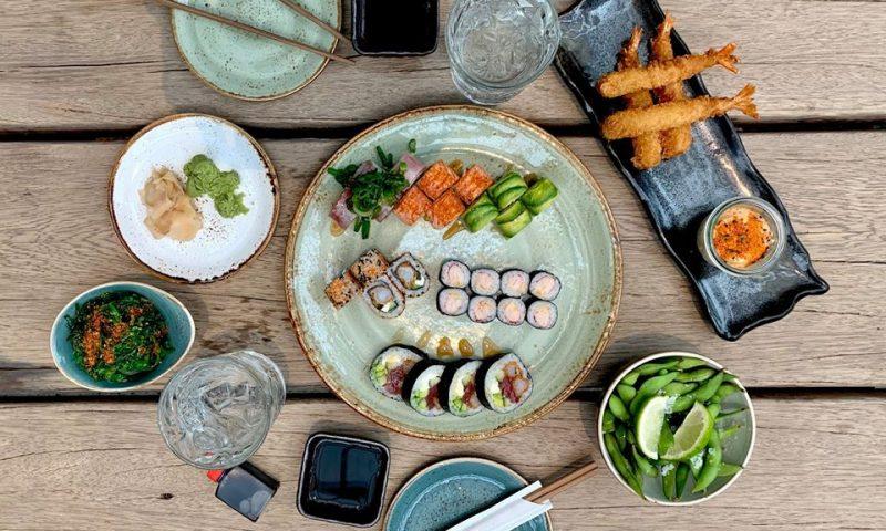 Nu kan du spise til pindene knækker hos Bar'sushi. Foto: PR